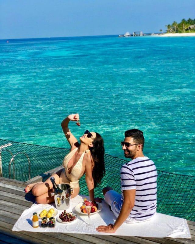 Dhar Mann and girlfriend Laura G in Maldives