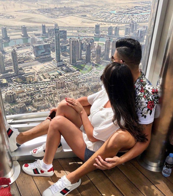 dhar mann and girlfriend laura g on top of burj khalifa in dubai